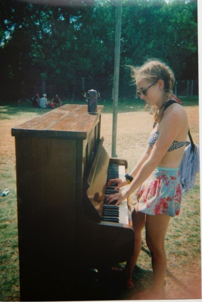SGP Playing the piano